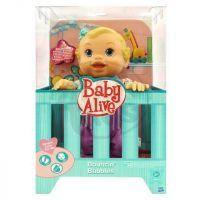 Hasbro 19411 - Baby Alive hopsající panenka - zelená postýlka 3