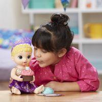 Baby Alive Narozeninová blonďatá panenka 2