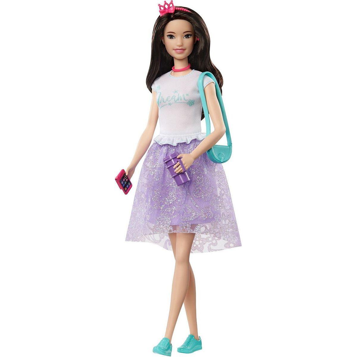 Barbie kamarátka Renee