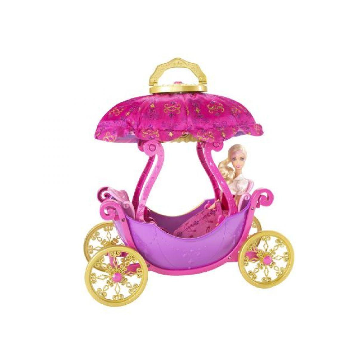 Barbie P9076 - Barbie Tři mušketýři - kočár + bonus panenka zdarma