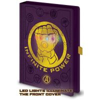 Epee Merch Zápisník A5 premium svietiace Avengers