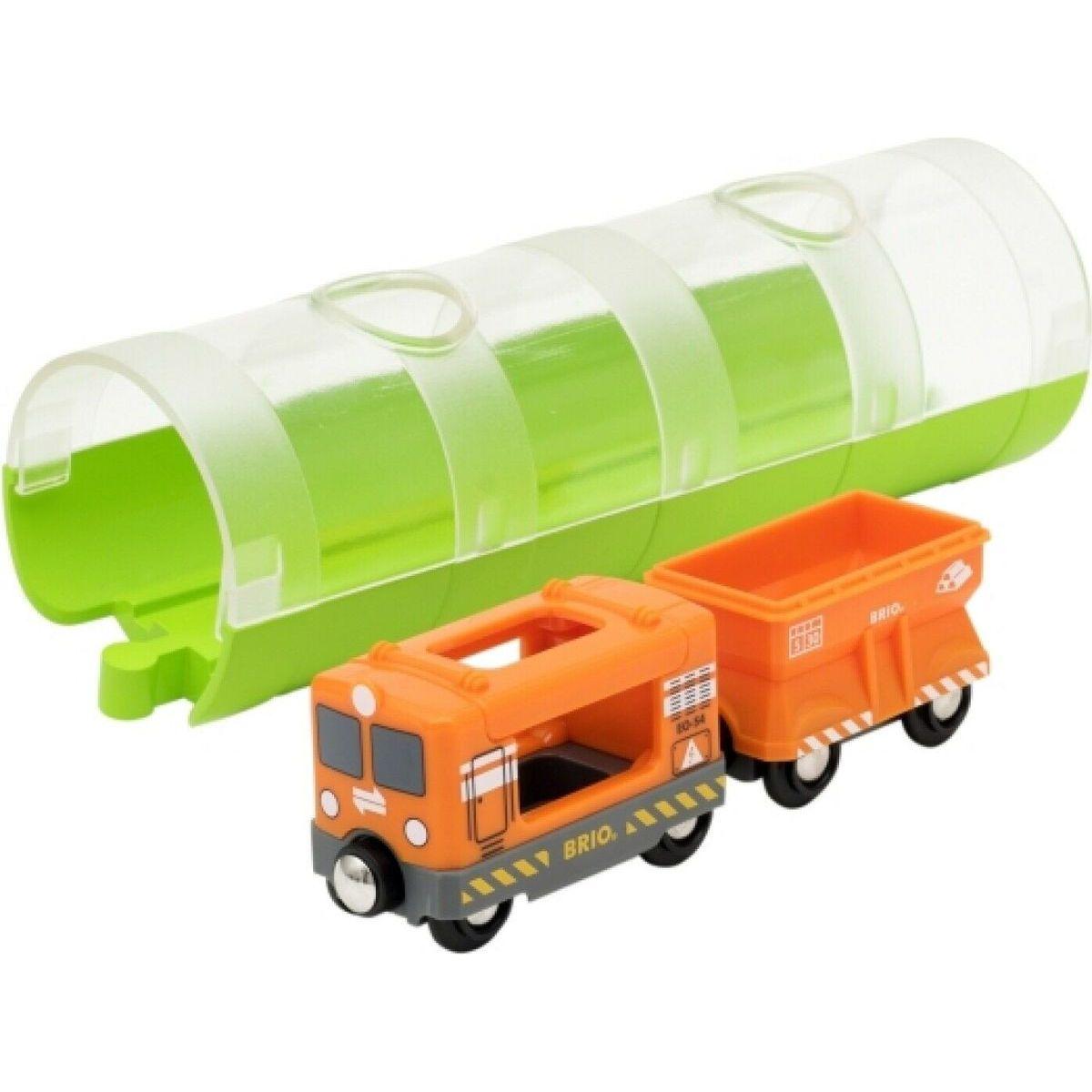 Brio World Tunel a nákladní vlak