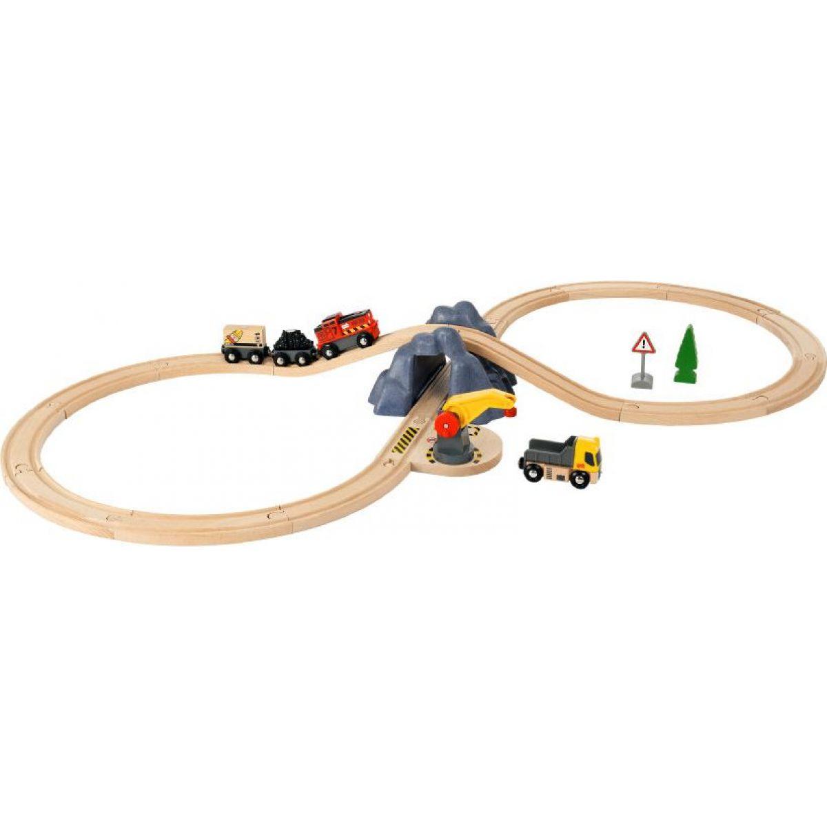 Brio World Nákladní set s tunelem a vlakem na baterie