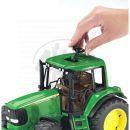 BRUDER 02050 - Traktor John Deere 6920 3