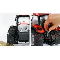 Bruder 03060 Traktor Mc Cormick 4