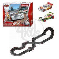 Autodráha Carrera GO! Disney Cars 2 - Silver Speeders 5