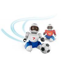 Dva Roboti s míčkem na dálkové ovládání a dvěma brankami 2