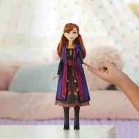 Hasbro Frozen 2 Svítící Anna 3