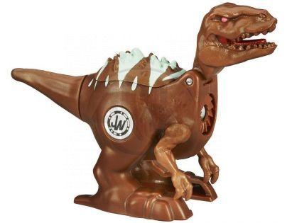 Hasbro Jurský Park Brawlasaur s vnitřním magnetickým spouštěčem - Velociraptor