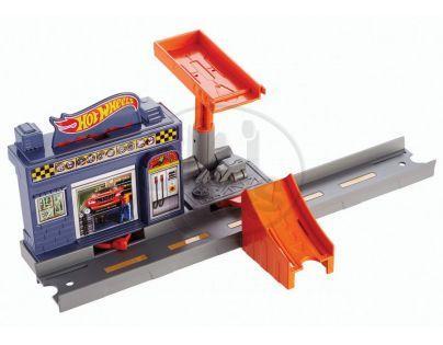 Hot Wheels Track Builder střední set - Garáž Super Drop