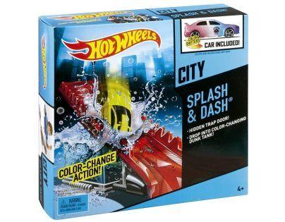 Hot Wheels Color Shifters akční set - Splash a Dash