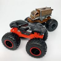 Hot Wheels Monster trucks kaskadérské kousky Darth Vader 2