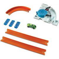 Hot Wheels Track builder doplňky a dráhy - DJD67 Turn Kicker 2
