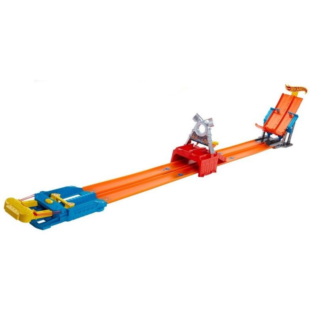 Hot Wheels Závodní dráha s dvěma skoky - Štafeta