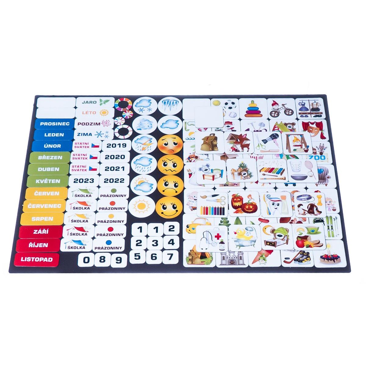 Kalendář magnetický Školka 114 ks magnetek