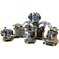 LEGO Batman 70909 Vloupání do Batcave 3