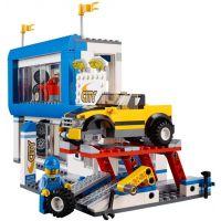 LEGO City 60097 Náměstí ve městě 4