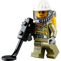 LEGO City 60121 Sopečné průzkumné vozidlo 5