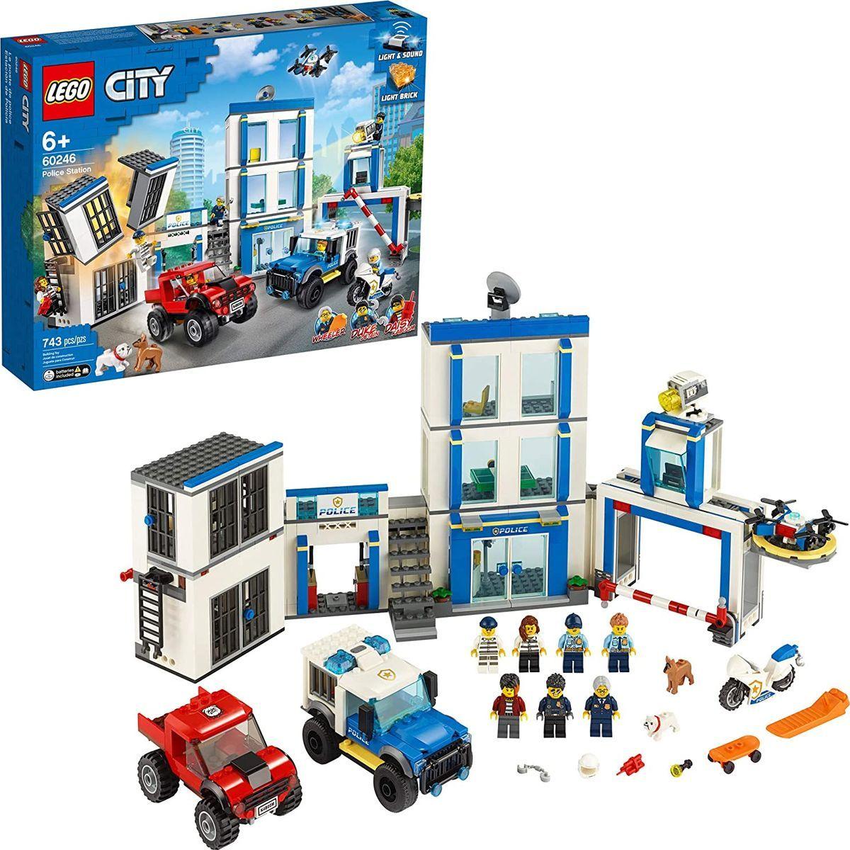 LEGO® City 60246 Policejní stanice