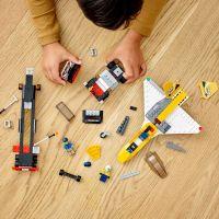 LEGO City 60289 Transport akrobatickej stíhačky 4