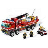 LEGO CITY 7213 Hasičské auto se člunem 4