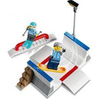 LEGO City Town 60203 Lyžařský areál 2
