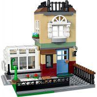 LEGO Creator 31065 Městský dům se zahrádkou 6