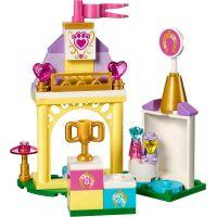 LEGO Disney příběhy 41144 Podkůvka v královských stájích 2