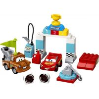 LEGO® DUPLO® Cars™ 10924 Závodní den Bleska McQueena 2