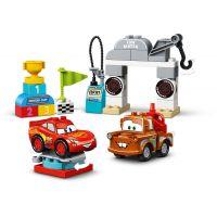 LEGO® DUPLO® Cars™ 10924 Závodní den Bleska McQueena 4