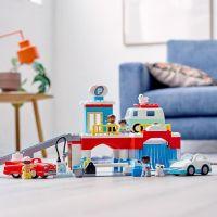 LEGO® DUPLO® Town 10948 Garáž a myčka aut 5
