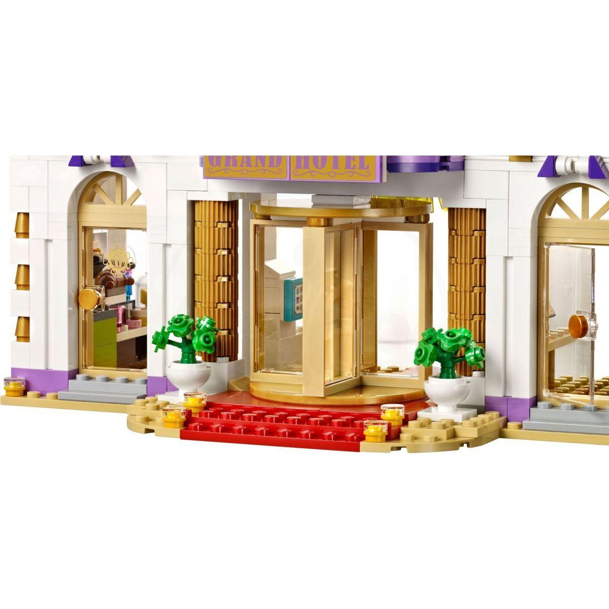 ... LEGO Friends 41101 Hotel Grand v městečku Heartlake 5. +5 98c21bb3315