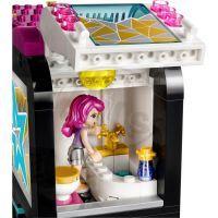 LEGO Friends 41106 Autobus pro turné popových hvězd 5