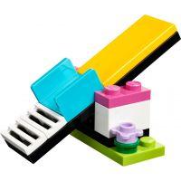 LEGO Friends 41303 Hřiště pro štěňátka 4