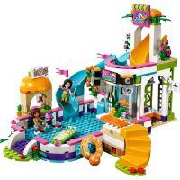 LEGO Friends 41313 Letní bazén v městečku Heartlake 2