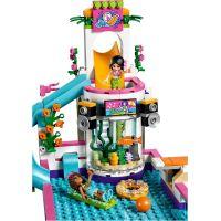 LEGO Friends 41313 Letní bazén v městečku Heartlake 3