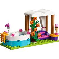 LEGO Friends 41313 Letní bazén v městečku Heartlake 4