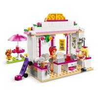 LEGO Friends 41426 Kavárna v parku městečka Heartlake 4