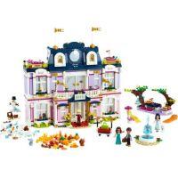 LEGO® Friends 41684 Hotel v městečku Heartlake 2