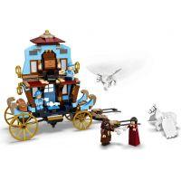 LEGO Harry Potter ™ 75958 Kočár z Krásnohůlek: Příjezd do Bradavic 5
