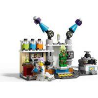 LEGO Hidden Side 70418 J. B. a jeho laboratoř plná duchů 5