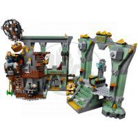 LEGO Hobbit 79018 - The Lonely Mountain 4