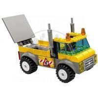 LEGO Juniors 10683 Náklaďák pro silničáře 5