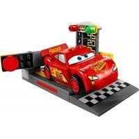 LEGO Juniors 10730 Vystřelovač Bleska McQueena 4