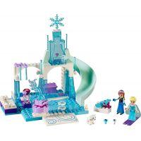 LEGO Juniors 10736 Ledové hřiště pro Annu a Elsu 2