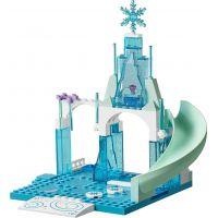 LEGO Juniors 10736 Ledové hřiště pro Annu a Elsu 4
