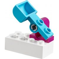 LEGO Juniors 10736 Ledové hřiště pro Annu a Elsu 6