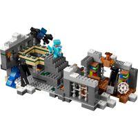 LEGO Minecraft 21124 Konečná brána 4