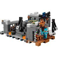 LEGO Minecraft 21124 Konečná brána 5