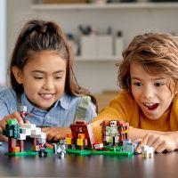 LEGO® Minecraft™ 21159 Základňa Pillagerov 3